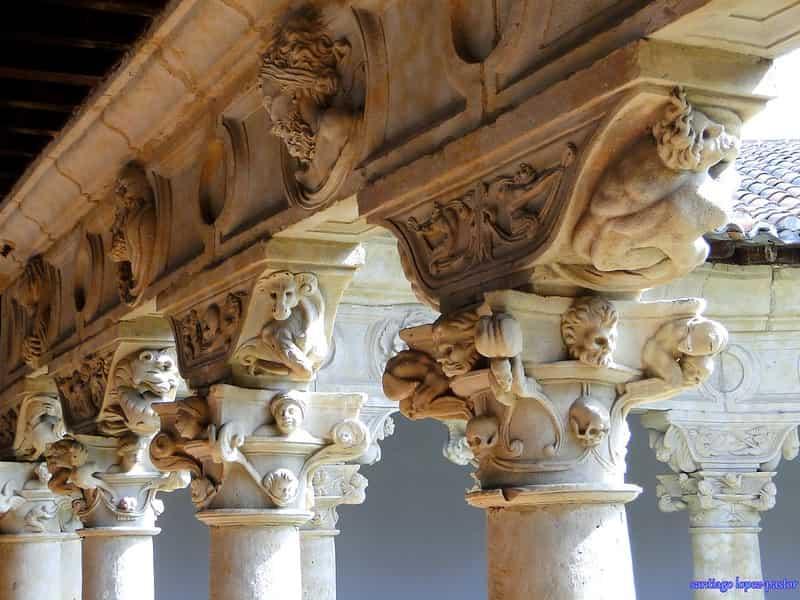 Capitales del Convento de las Dueñas