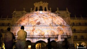 Proyección del Cielode Salamanca en la Plaza Mayor